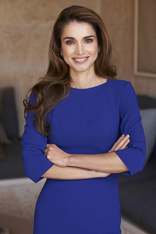 фотографии королевы иордании предстоит продолжить чугунной