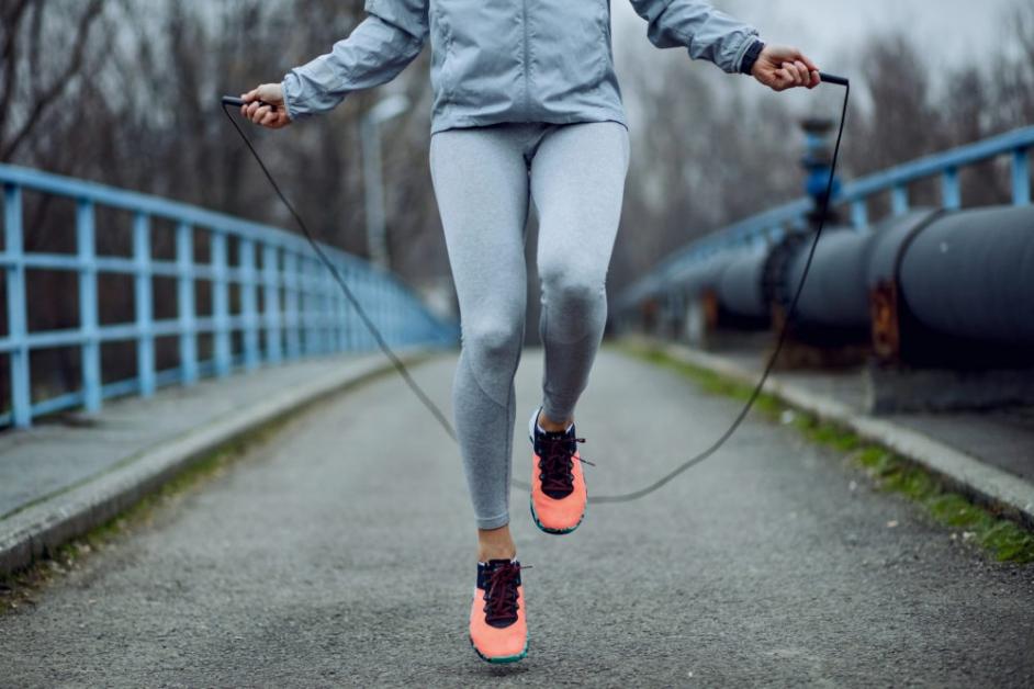 skipping ajuta la pierderea în greutate