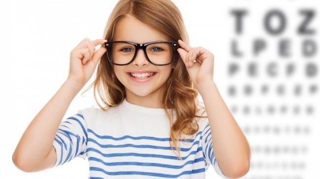 lipsa vederii în ochiul stâng este test de vedere și creier