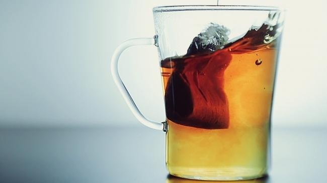 mare impresie de ceai slab